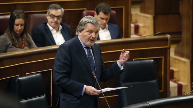 El ministro de Educación, Íñigo Méndez de Vigo, hoy ,en el Congreso de los Diputados