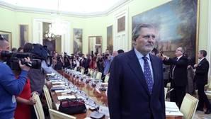 El Gobierno acepta que las autonomías participen en el Pacto Educativo, como pide el PSOE