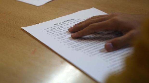 Los alumnos pueden sacar el título de ESO hasta con dos suspensos