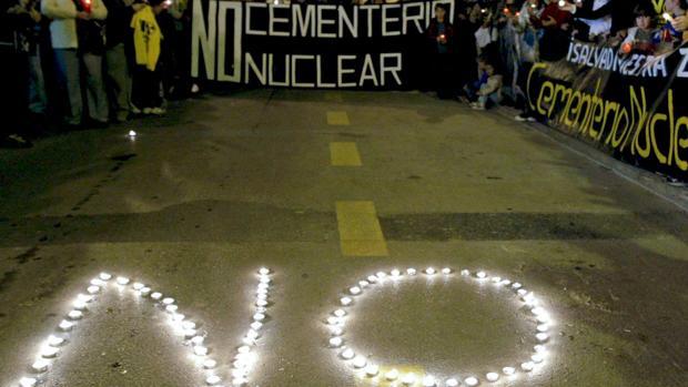 La Justicia tumba de nuevo el plan de García-Page para frenar el almacén nuclear de Villar de Cañas