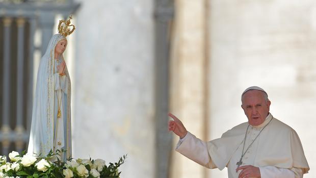 Hemeroteca: Portugal da el día libre a funcionarios en día de la visita del Papa | Autor del artículo: Finanzas.com