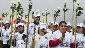 Peregrinos a su llegada este miércoles al santuario de Fátima, Portugal