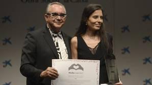 Montserrat Lluís recoge el premio a la trayectoria periodística de ABC