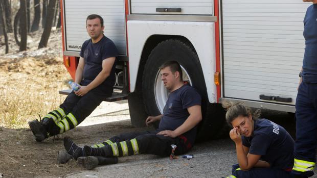 El gigantesco incendio de Portugal ya estaba activo dos horas antes de las tormentas secas
