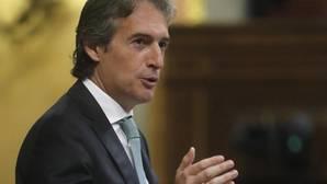 El ministro de Fomento, Íñigo de la Serna, defendiendo esta mañana la posición del Gobierno sobre la Ley de Libertad Religiosa