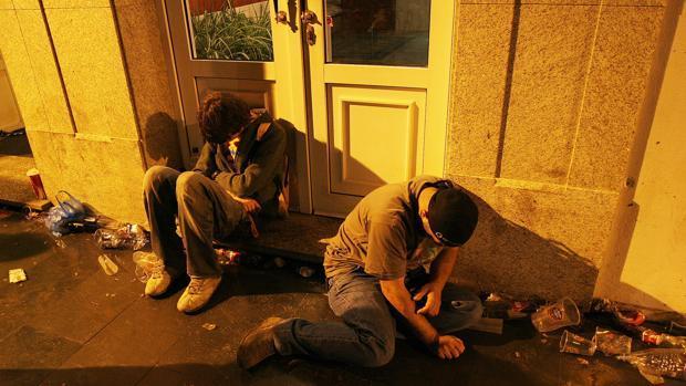 Se retrasa ligeramente la edad de inicio en el consumo de alcohol, tabaco y cannabis en los jóvenes