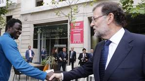 La inmigración hace crecer la población en España por primera vez en 5 años