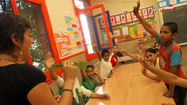 Interior de una clase en un centro escolar en Cataluña