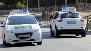 Las personas con más estudios tardan más en aprobar el examen de conducir