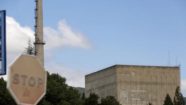 Vista de la central nuclear de Santa María de Garoña (Burgos)
