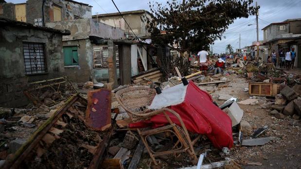 Al menos 10 muertos en cuba tras el paso de hurac n irma for Cuba motors el paso