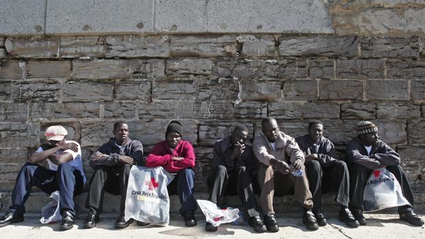 Las mafías amenazan con matar a los inmigrantes si intentan escaparse