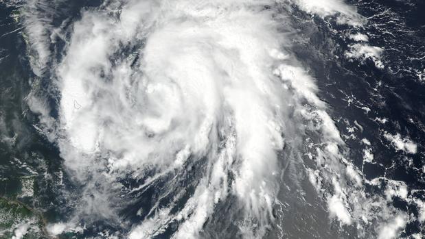 El huracán «María» ha alcanzado la categoría cinco