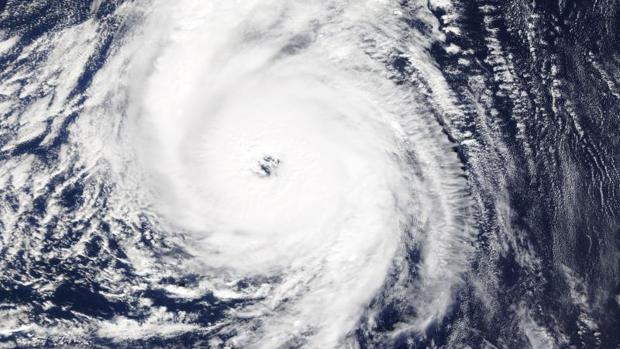 Una imagen de la Nasa muestra al huracán Ofelia al sur de las islas Azores