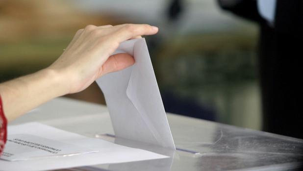 Resultado de imagen para Personas con discapacidad intelectual podrán votar en España