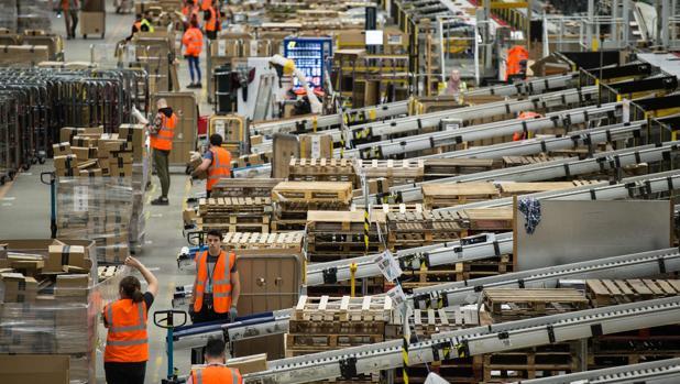 Los almacenes de Amazon, preparados para el Black Friday 2017