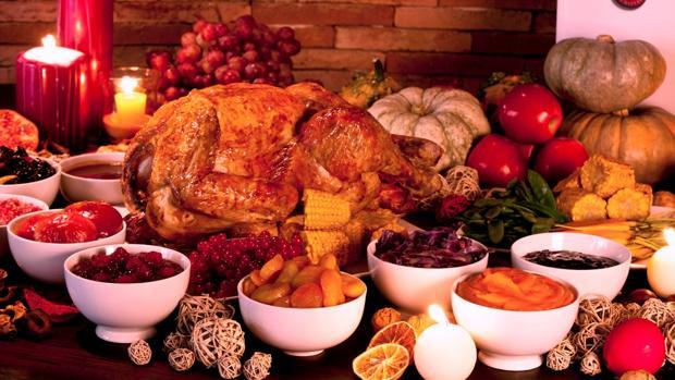 Fotografía de archivo que muestra todos los preparativos listos para celebrar el Día de Acción de Gracias
