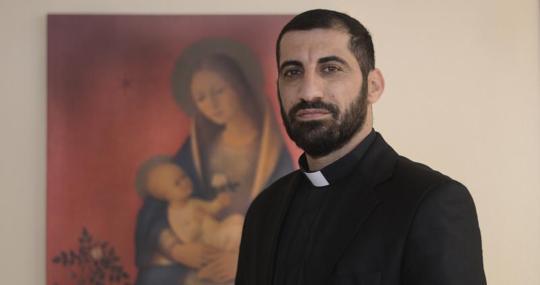 Naim Shoshandy es sacerdote siro católico en Qaraqosh