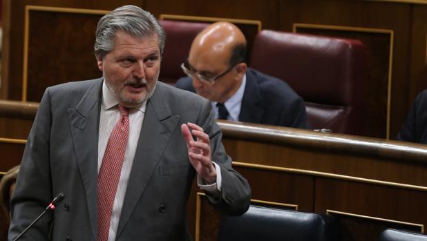 Elñ ministro de Educación, Íñigo Méndez de Vigo
