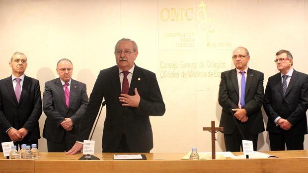 En primer término, el presidente de la OMC, Serafín Romero