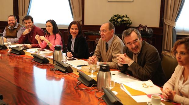 El PSOE no abandona formalmente el Pacto Educativo y bloquea su funcionamiento