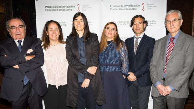 De izda a dcha: F. Halpern, L. Halpern, Dra. Blasco, Dra. Sabio, Dr. Pérez Martinez y Dr. P. Mata