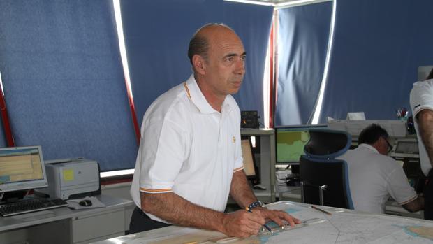 Miguel Zea, jefe del centro de coordinación de Salvamento Marítimo en Almería