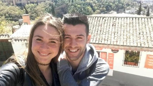 La pareja, de 21 y 24 años de edad