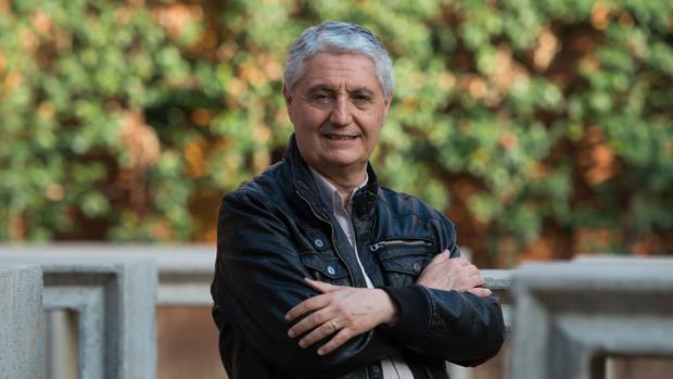 El profesor expedientado Francisco Oya