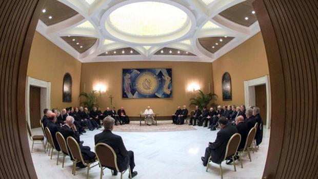 Reunión del papa Francisco con 34 obispos chilenos para abordar los casos de abusos a menores en el país