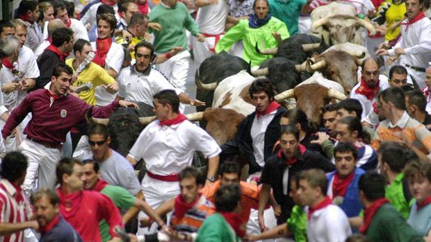 Otras «manadas» siguen a «la Manada» de San Fermín