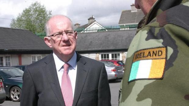 El ministro de Justicia irlandés, Charlie Flanagan
