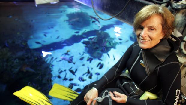 Sylvia Earle, en el año 2008, en una visita al Oceanográfico de Valencia
