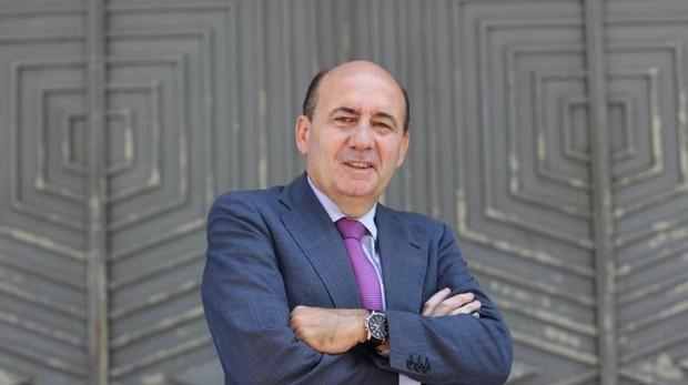 Juan Luis Jarillo es abogado y profesor de Derecho Civil en la Universidad CEU San Pablo