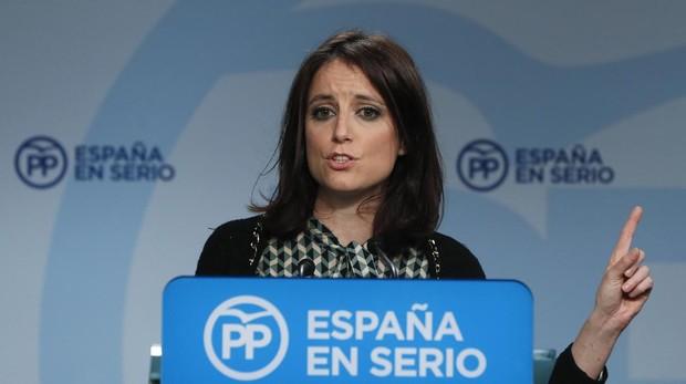 La vicesecretaria de Estudios y Programas del Partido Popular, Andrea Levy, durante la rueda de prensa
