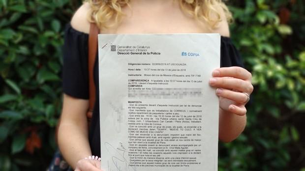 Foto de la denuncia interpuesta por la chica tras la presunta agresión de los menores