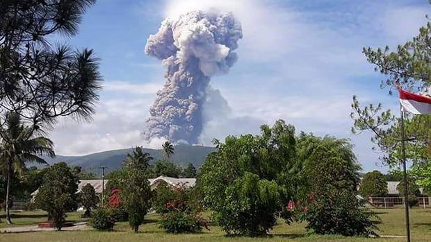 Resultado de imagen para tsunami indonesia 2018 erupcion