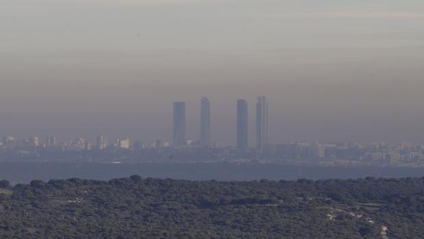 Sociedad Vista de la capa de contaminación que cubre la ciudad de Madrid 9f20da2d64d