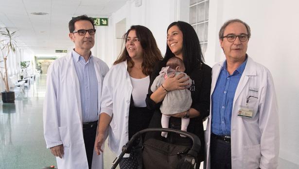 Ginecólogos españoles consiguen que una mujer con menopausia precoz sea madre con sus óvulos CLINIC-U3014848268143QG--620x349@abc