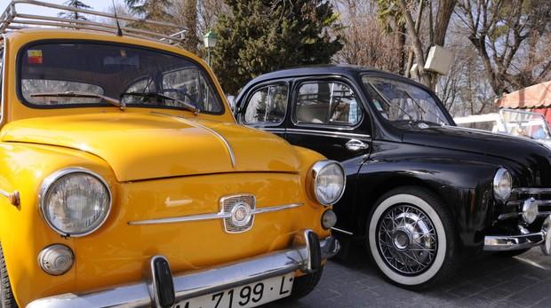 Encuentro solidario de coches clásicos e históricos