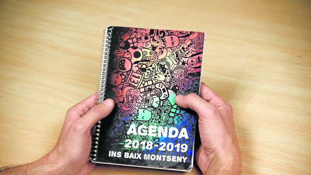 La agenda que se ha repartido entre los alumnos catalanes