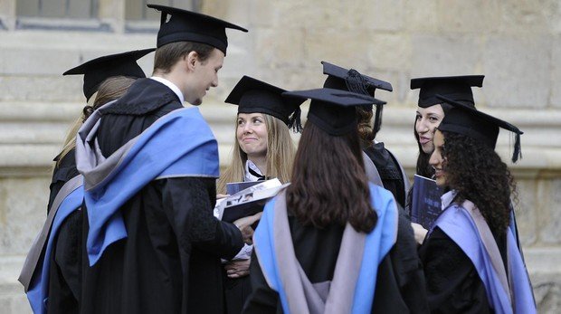 Un grupo de graduados de Oxford