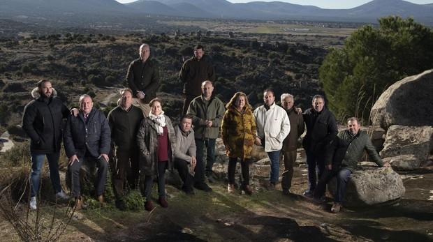 Foto de familia cinegética en Las Ventas con Peña Aguilera (Toledo)