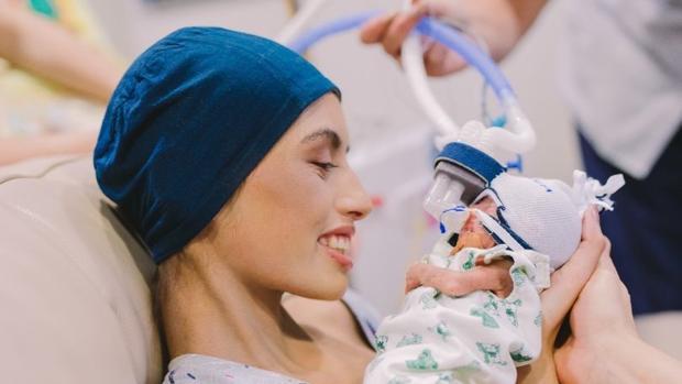 Resultado de imagen para Brianna Rawlings y su bebé
