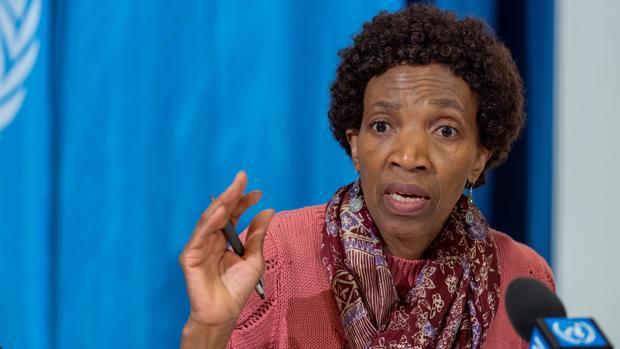 Nothemba Simelela, subdirectora de Familia, Mujer, Infancia y Adolescencia de la OMS, en la presentación de la campaña contra el cáncer cervical en la sede europea de la OMS, en Ginebra