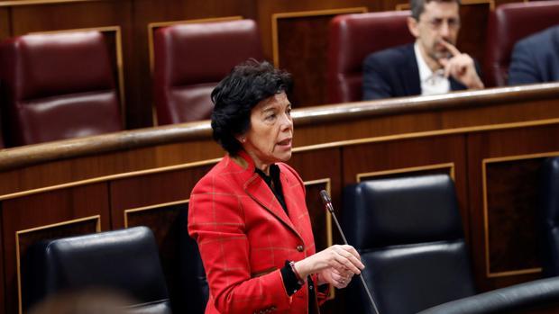 Ciudadanos acusa al PSOE de «sablear» a los padres de la concertada para llenar las «arcas públicas»