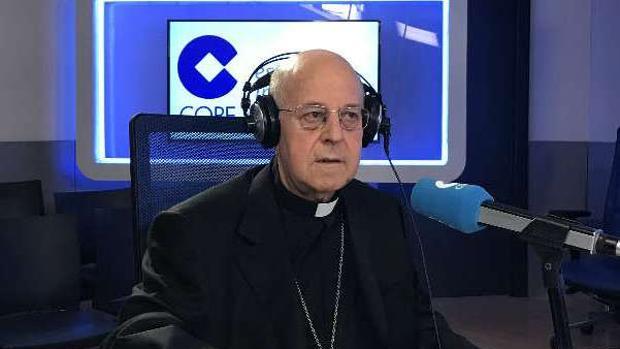 El presidente de la CEE, el cardenal Ricardo Blázquez, ayer en Cope