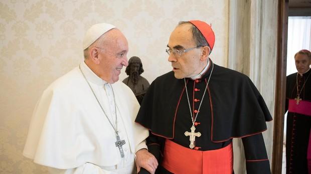 El Papa rechaza la dimisión del cardenal Barbarin, condenado por encubrir a un sacerdote pederasta