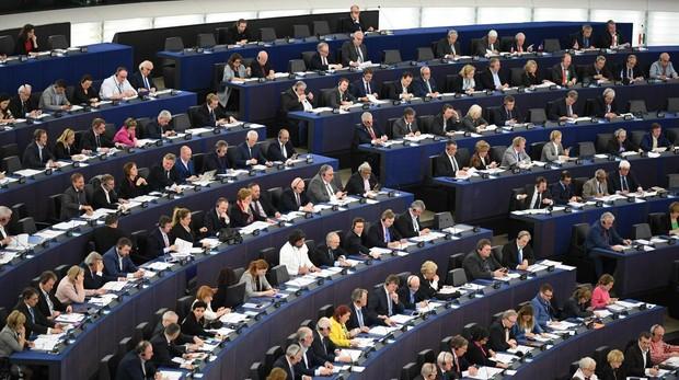 Europa protegerá a quienes denuncien fraudes y malas prácticas