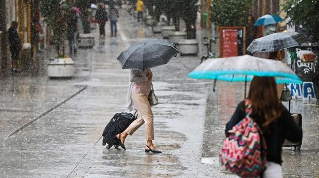 Murcia, Alicante y Almería encaran con riesgo extremo las peores 24 horas de la gota fría